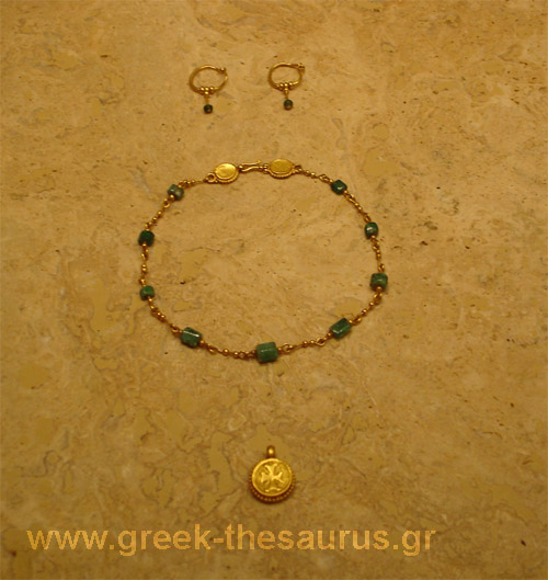 Byzantine art - jewelry images and photo collection from greek museums
